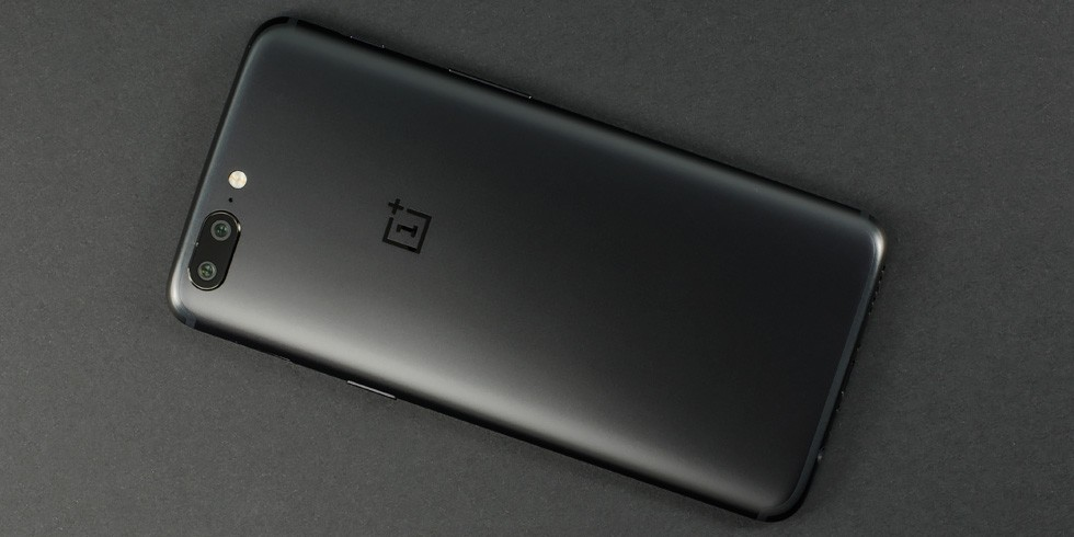 oneplus 5 design build and controls 2 image